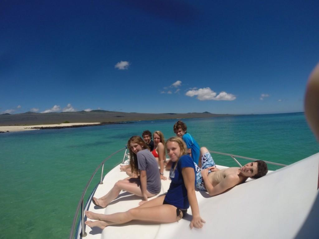 tanningontheboat_Galaps